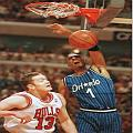 Penny dunks over 7'2 Luc Longley